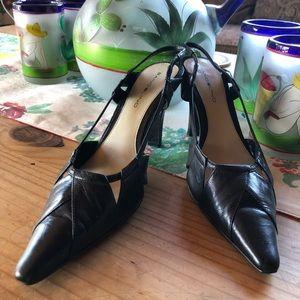 BANDOLINO Black Slingback Leather Heels🖤